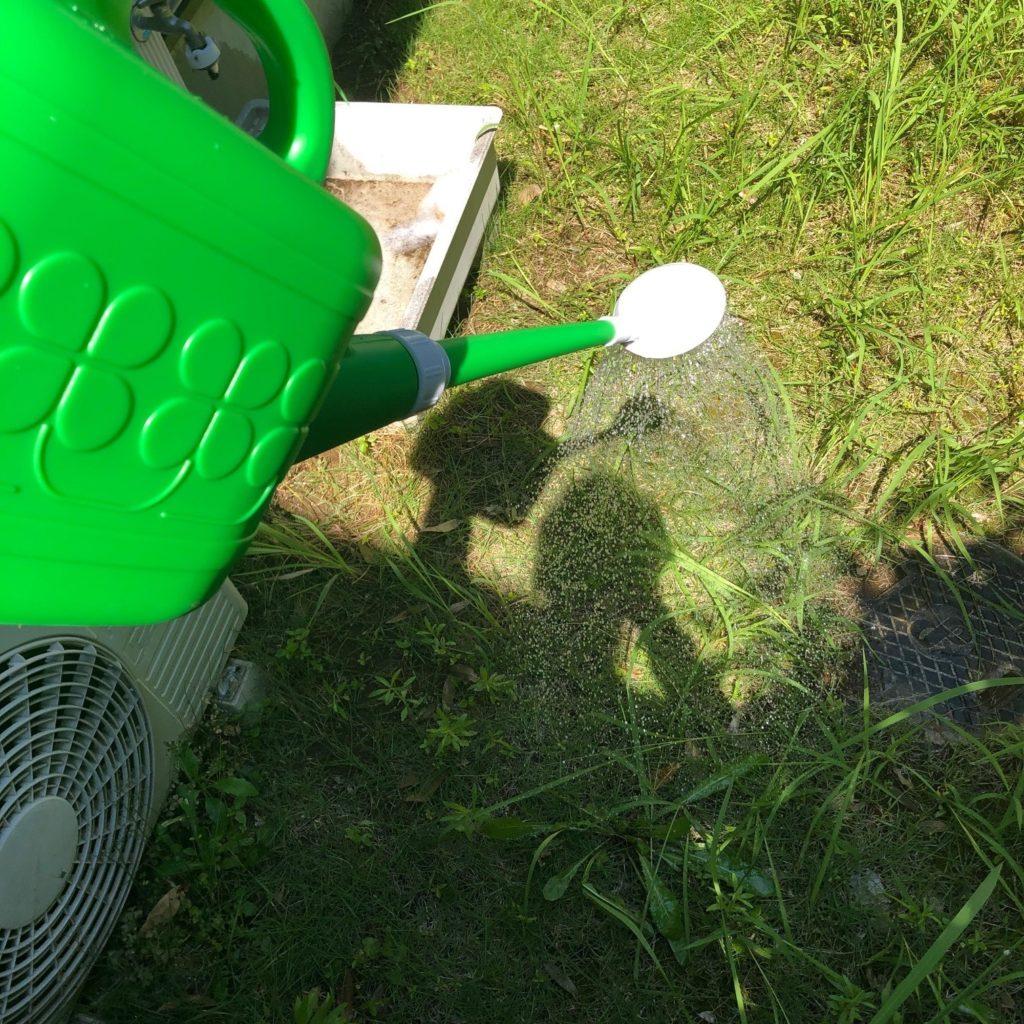 除草剤の散布
